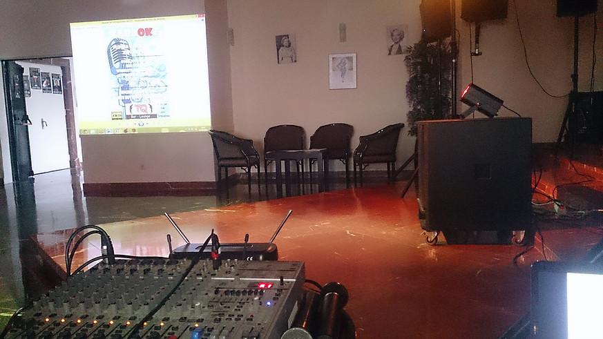 gal-karaoke-3